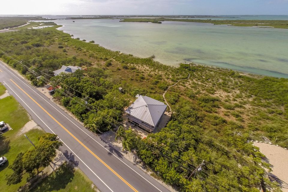 Additional photo for property listing at 730 State Road  Summerland Key, Florida 33042 United States