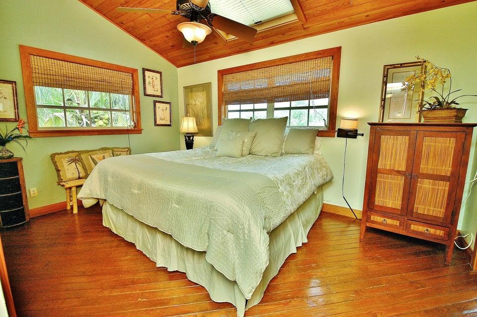 Additional photo for property listing at 1023 Loggerhead Lane  Sugarloaf, 플로리다 33042 미국