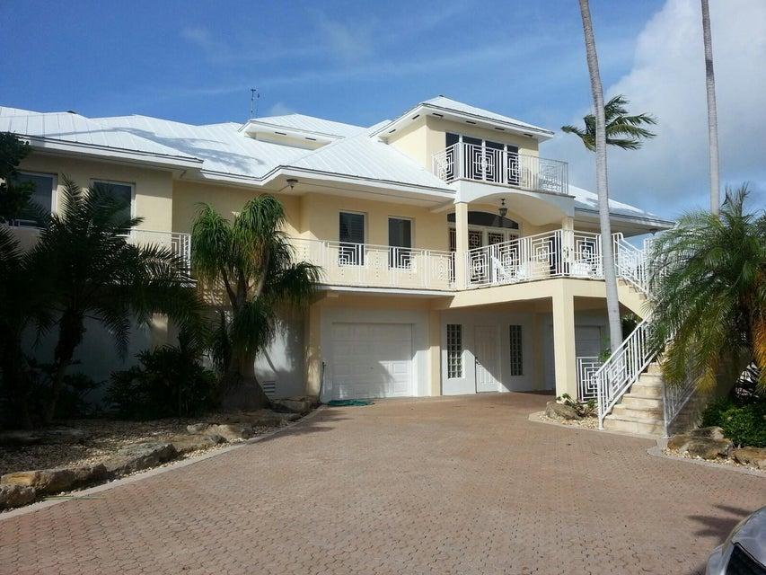 Nhà ở một gia đình vì Bán tại 24907 Hunt Lane Summerland Key, Florida 33042 Hoa Kỳ