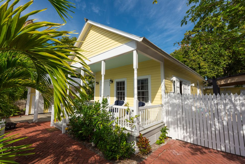 多户住宅 为 销售 在 809 Frances Street Key West, 佛罗里达州 33040 美国