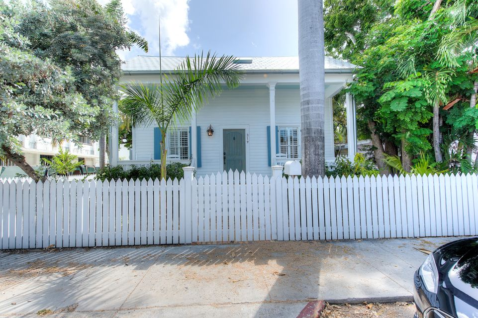 Single Family Home for Sale at 319 Grinnell Street Key West, Florida 33040 United States