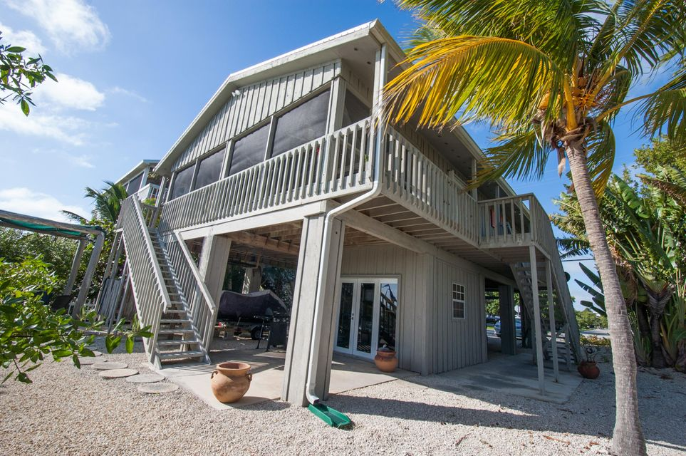 Additional photo for property listing at 591 W INDIES Drive  Summerland Key, Florida 33042 Verenigde Staten