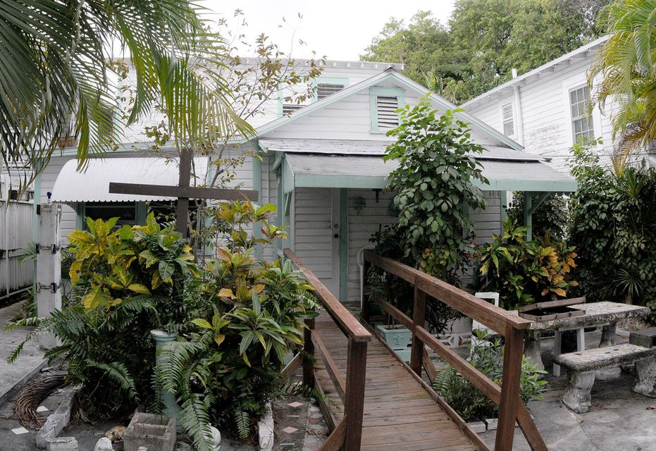 Additional photo for property listing at 1016 Varela Street  Key West, Florida 33040 United States