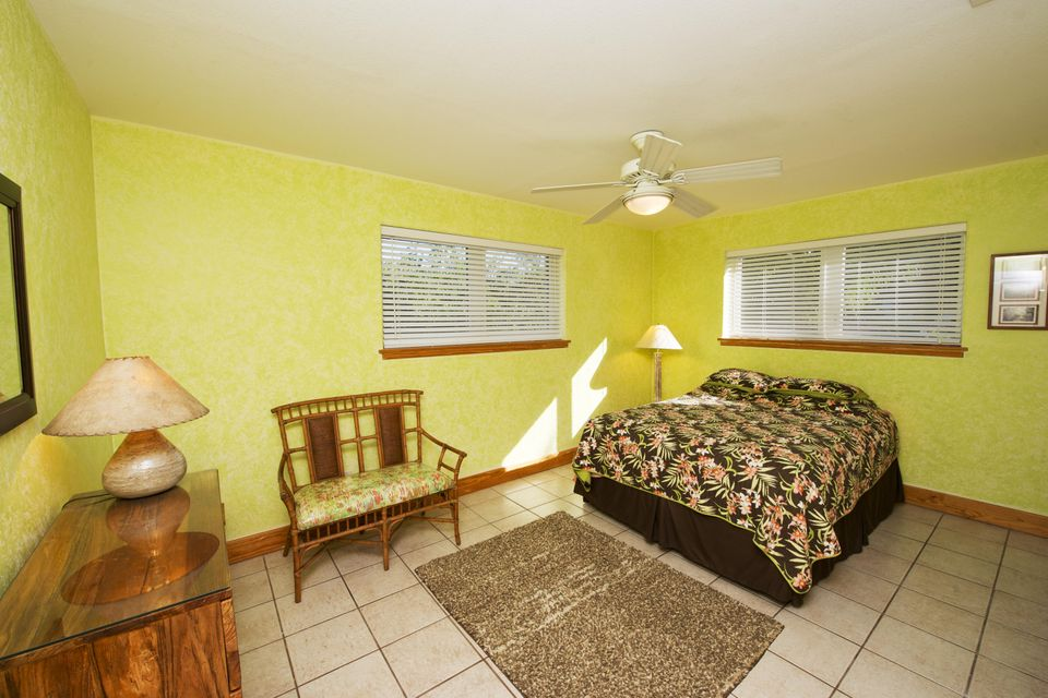 Additional photo for property listing at 19861 Date Palm Drive  Sugarloaf, Florida 33042 Vereinigte Staaten