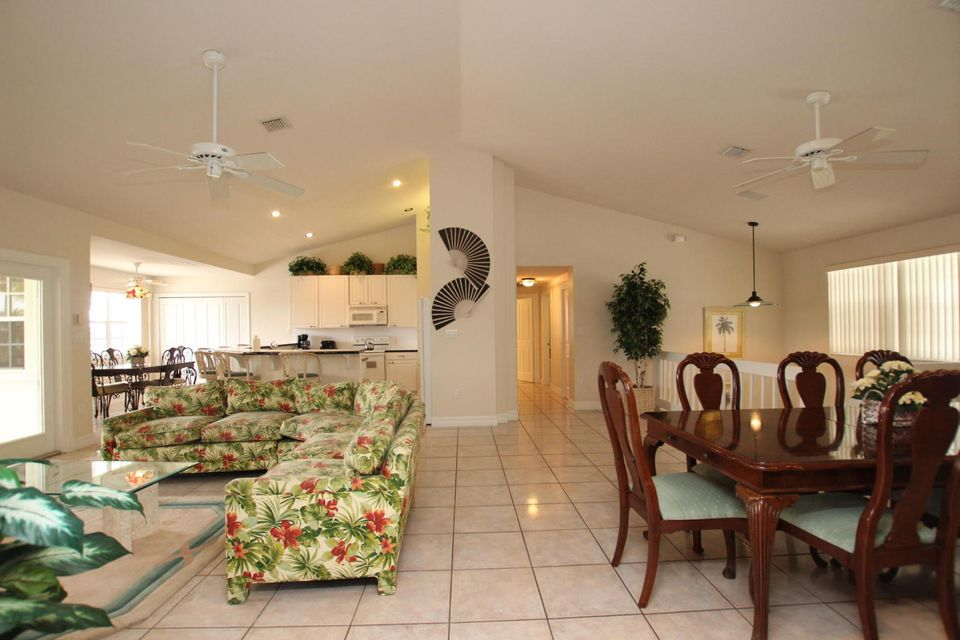Additional photo for property listing at 141 Valencia Drive 141 Valencia Drive Islamorada, Florida 33036 États-Unis