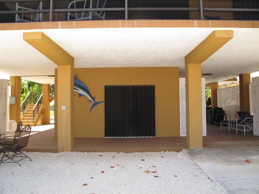 Additional photo for property listing at 109 MADEIRA Court  伊斯拉摩拉, 佛罗里达州 33036 美国
