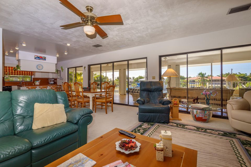 Additional photo for property listing at 166 S Indies Drive 166 S Indies Drive Duck Key, Florida 33050 Vereinigte Staaten