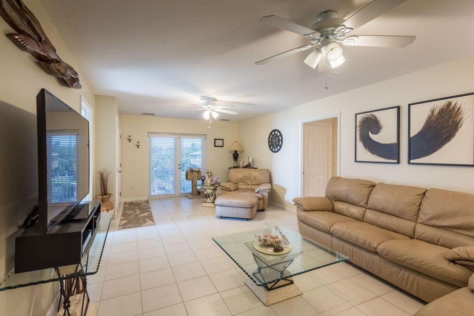 Additional photo for property listing at 827 Caribbean Drive  Summerland Key, フロリダ 33042 アメリカ合衆国