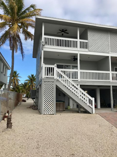 Additional photo for property listing at 511 5th Street  Key Colony, Florida 33051 États-Unis