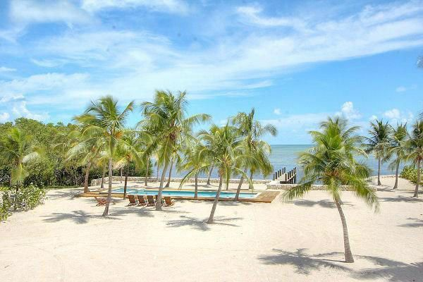 Additional photo for property listing at 89701 Old Highway  Islamorada, Florida 33070 Estados Unidos