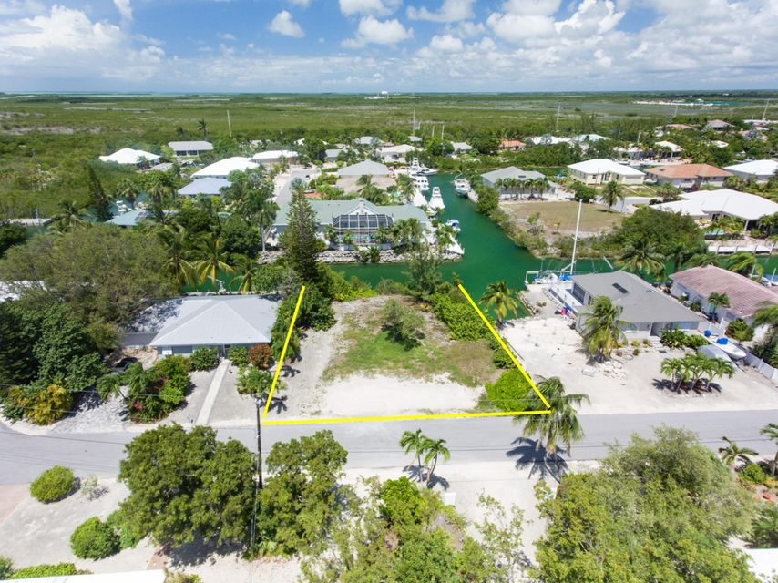 Additional photo for property listing at W 5TH Avenue  Summerland Key, Florida 33042 Estados Unidos