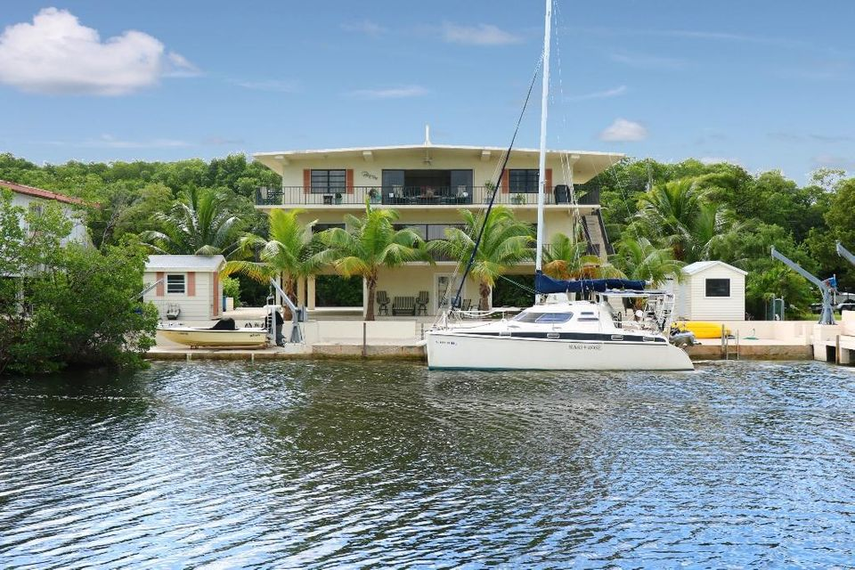 40 Andros Road S, Key Largo, FL 33037