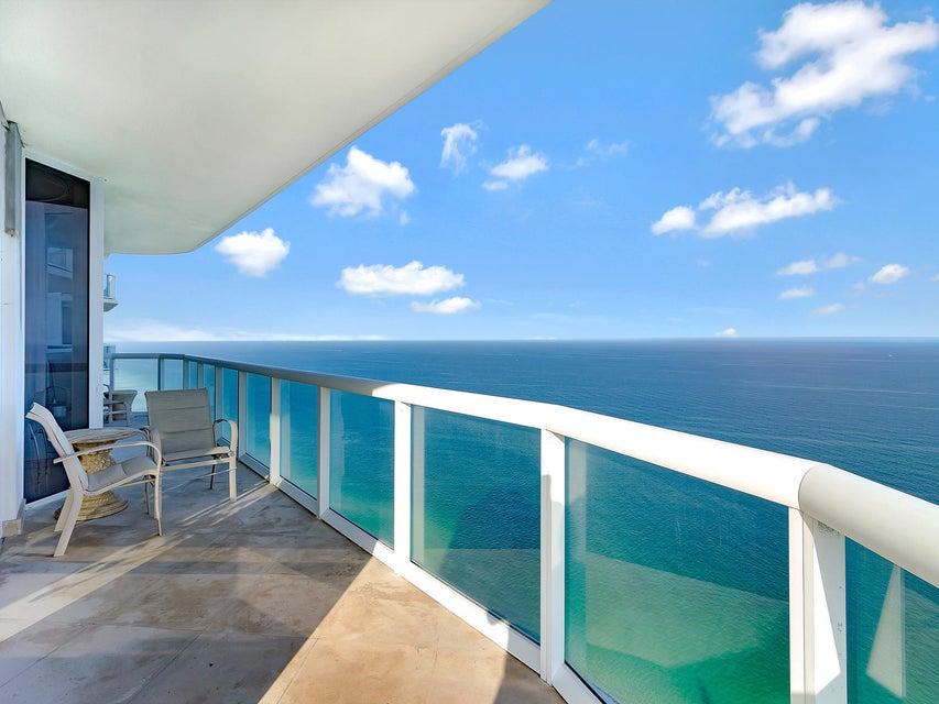 Appartement voor Verkoop een t 6365 Collins Avenue Miami Beach, Florida 33140 Verenigde Staten