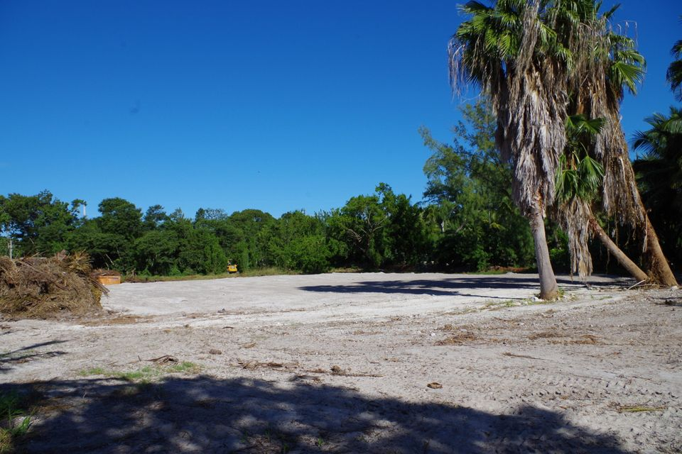 Additional photo for property listing at 82647 Old Highway 82647 Old Highway Islamorada, 플로리다 33036 미국