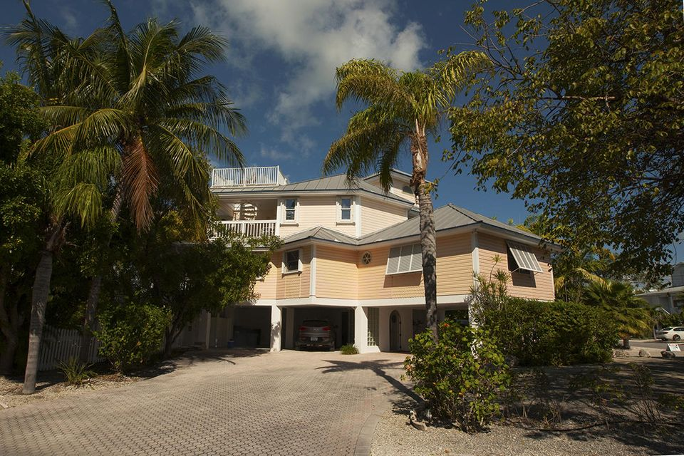 Additional photo for property listing at 1082 E CARIBBEAN Drive 1082 E CARIBBEAN Drive Summerland Key, Florida 33042 Vereinigte Staaten