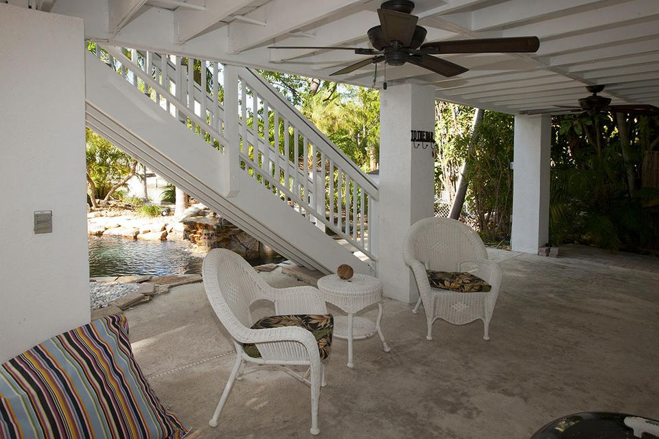 Additional photo for property listing at 1082 E CARIBBEAN Drive 1082 E CARIBBEAN Drive Summerland Key, Florida 33042 United States