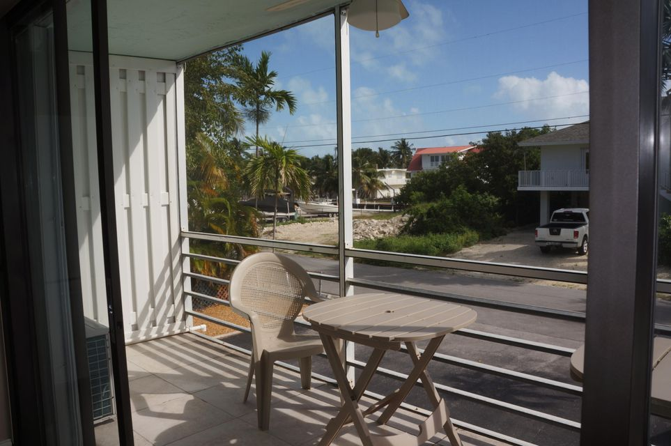 Additional photo for property listing at 119 Cortez Drive 119 Cortez Drive Islamorada, Florida 33036 Hoa Kỳ