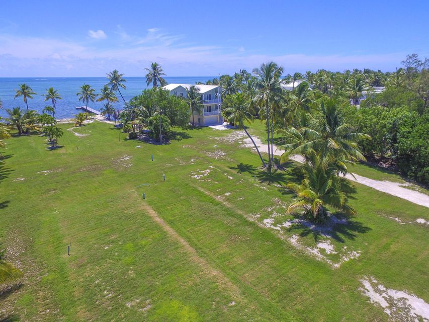 Additional photo for property listing at 82500 Old State Road 82500 Old State Road Islamorada, Florida 33036 Hoa Kỳ