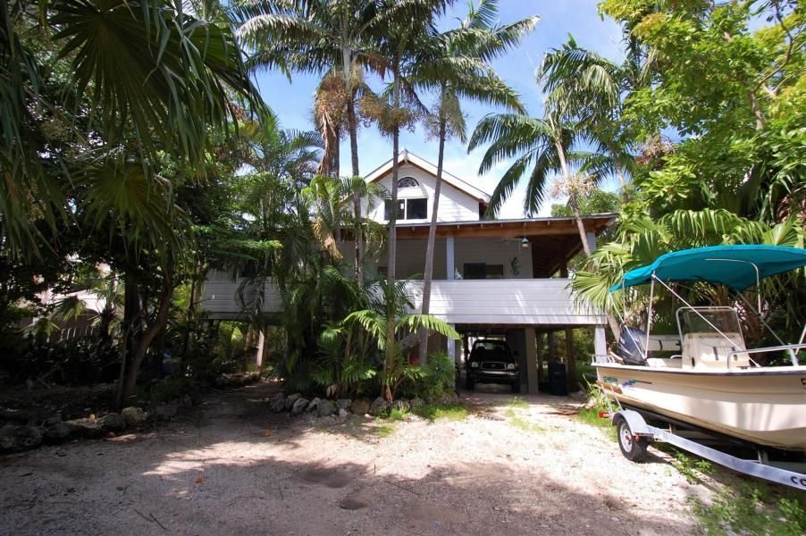 632 Blackbeard Road, Little Torch Key, FL 33042