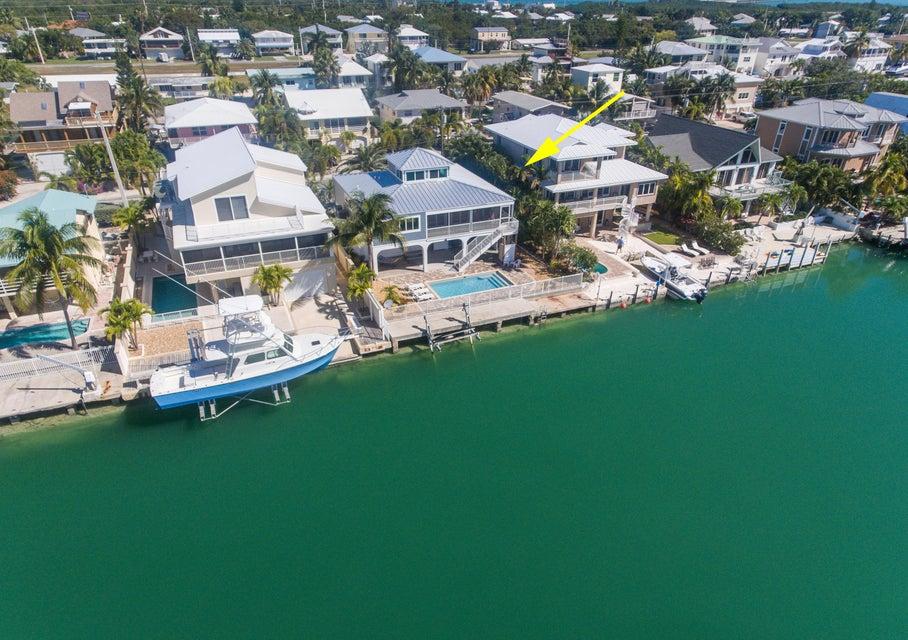 382 CARIBBEAN Drive E, Summerland Key, FL 33042