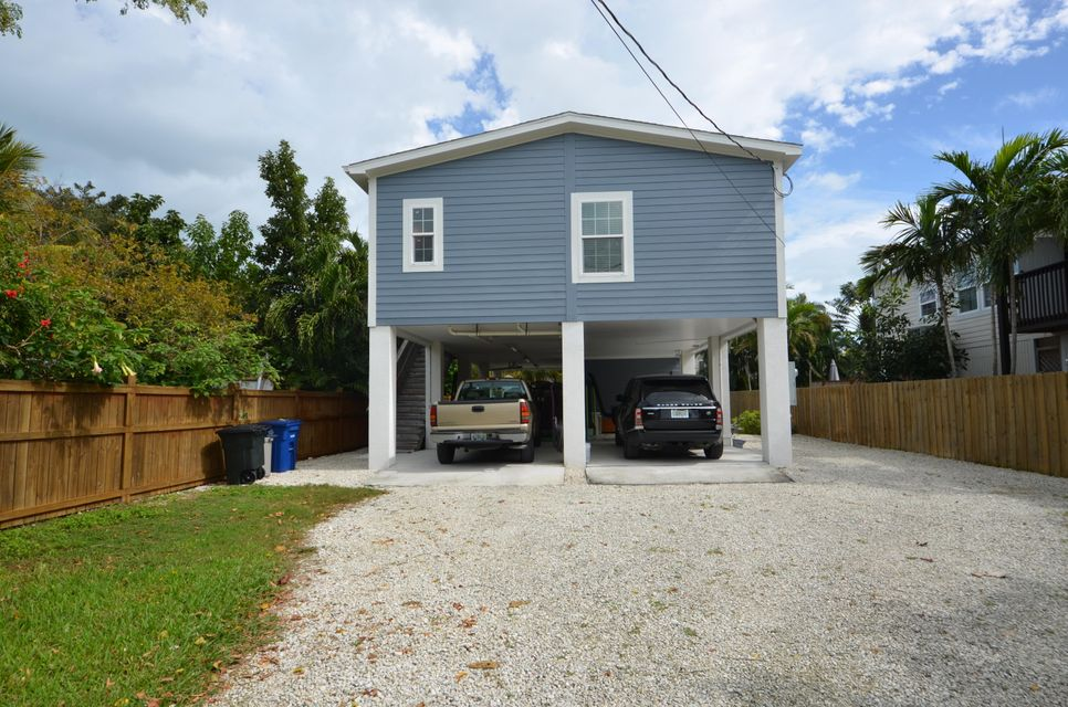 Casa Unifamiliar por un Venta en 12 1st Street Big Coppitt, Florida 33040 Estados Unidos