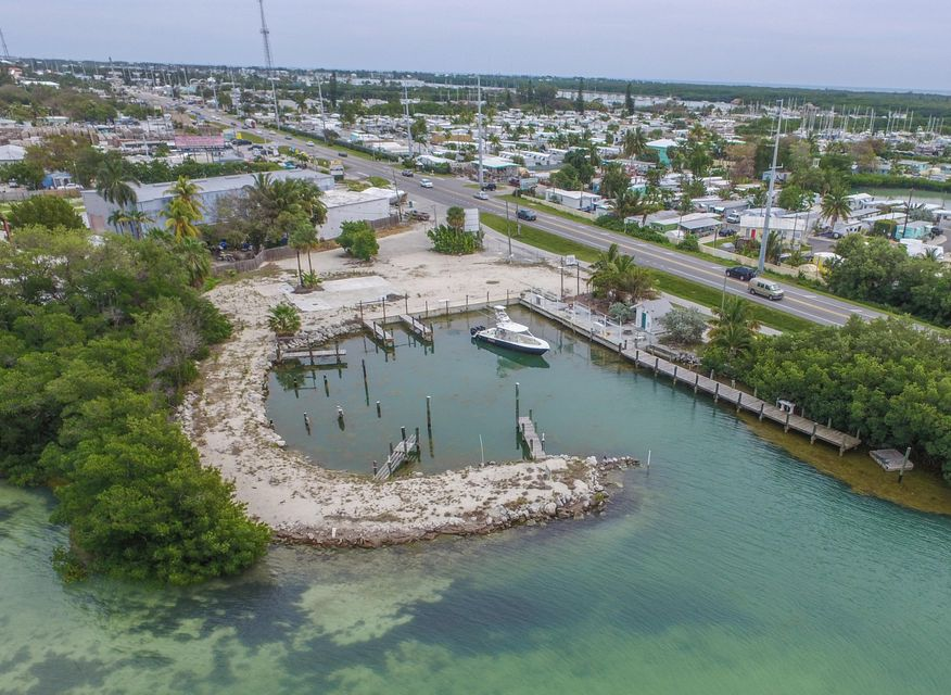 Commercial for Sale at 1090 OVERSEAS Highway 1090 OVERSEAS Highway Marathon, Florida 33050 United States