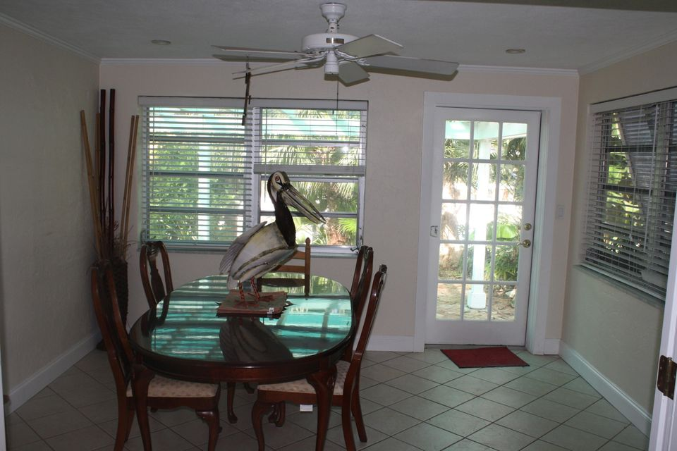 Additional photo for property listing at 21067 4Th Avenue 21067 4Th Avenue Cudjoe Key, Florida 33042 Hoa Kỳ