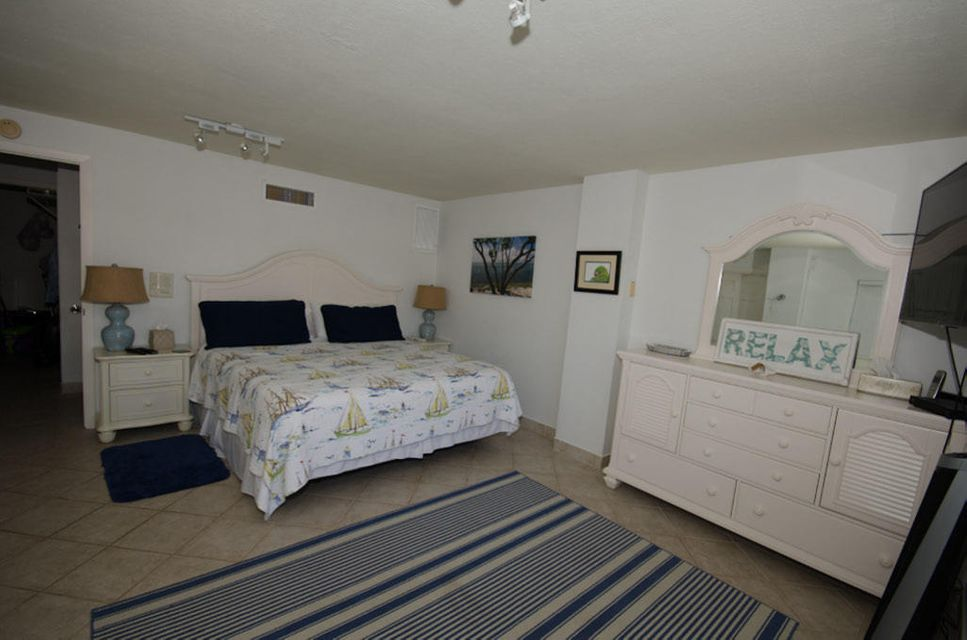 Additional photo for property listing at 143 Peace Avenue 143 Peace Avenue Key Largo, Флорида 33070 Соединенные Штаты