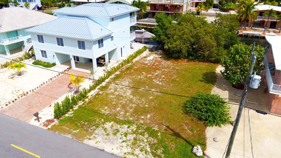 Additional photo for property listing at Lot 91 W Plaza Del Lago Lot 91 W Plaza Del Lago Islamorada, Florida 33036 Estados Unidos