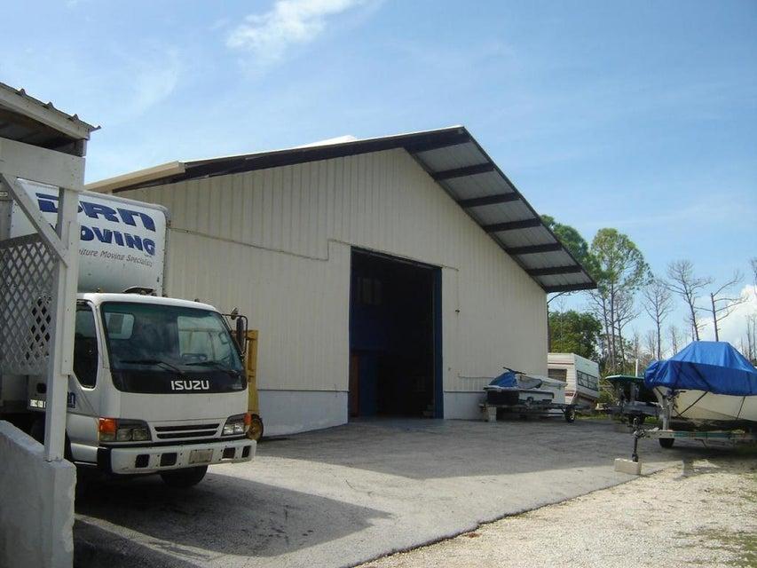Additional photo for property listing at 30677 Overseas Highway 30677 Overseas Highway Big Pine Key, Florida 33043 Estados Unidos