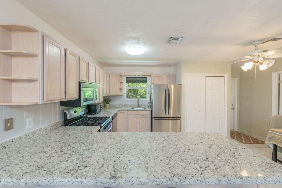 Additional photo for property listing at 73 Sugarloaf Drive 73 Sugarloaf Drive Sugarloaf, Florida 33042 United States