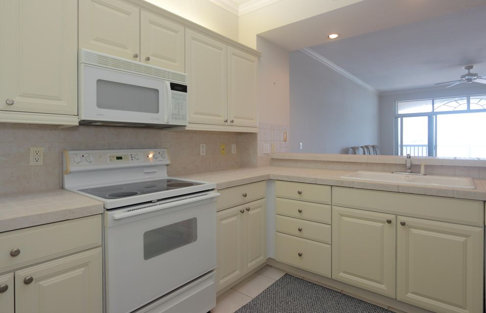 Additional photo for property listing at 5607 College Road  Key West, 플로리다 33040 미국