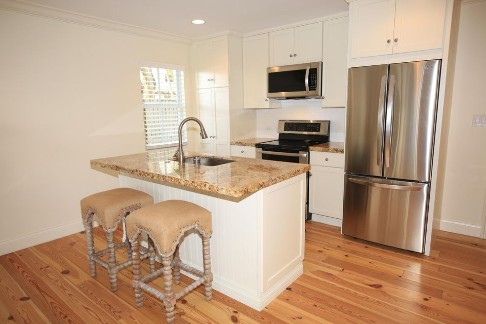 Additional photo for property listing at 1017 Windsor Lane 1017 Windsor Lane Key West, Florida 33040 États-Unis