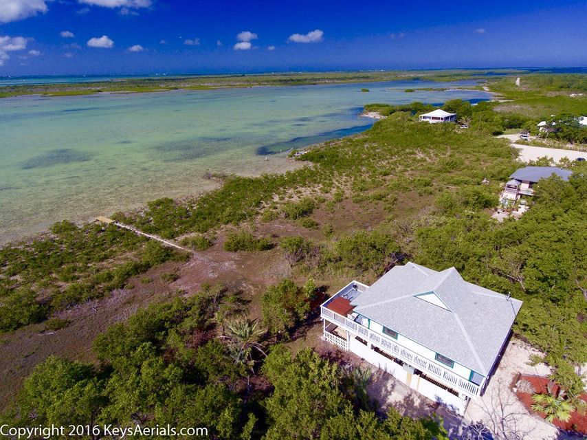 Additional photo for property listing at 680 State Road 4 A  Summerland Key, Florida 33042 Stati Uniti