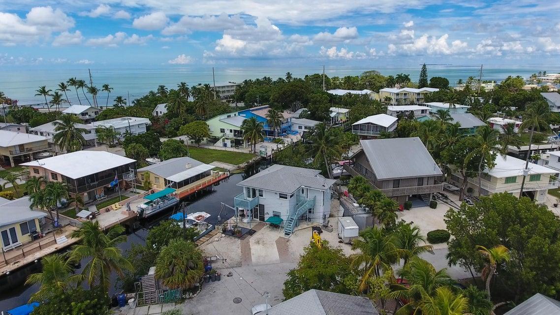 Tek Ailelik Ev için Satış at 120 Primrose Lane Layton, Florida 33001 Amerika Birleşik Devletleri