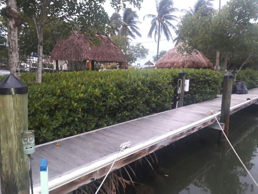 Morris Avenue, Key Largo, FL 33037