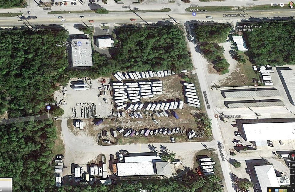 Commercial pour l Vente à 100 Industrial Road Big Pine Key, Florida 33043 États-Unis