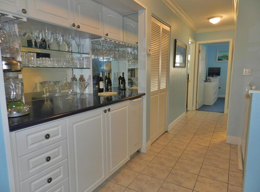 Additional photo for property listing at 9853 Leeward Avenue 9853 Leeward Avenue Key Largo, Florida 33037 Usa
