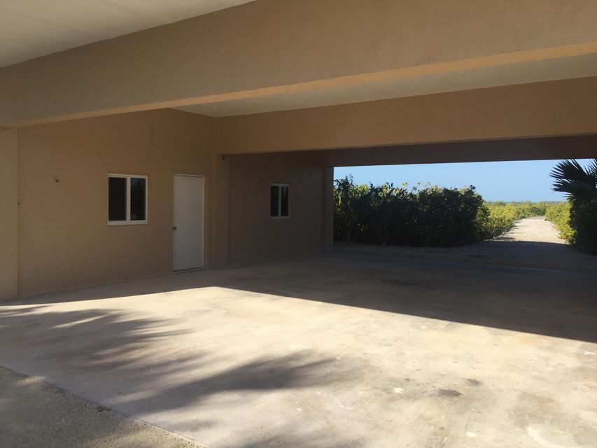 Additional photo for property listing at 1200 Ocean Drive 1200 Ocean Drive Summerland Key, Florida 33042 Usa