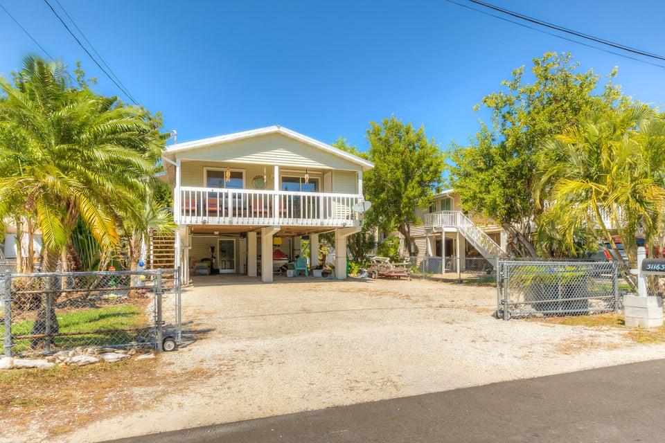 31163 Avenue H, Big Pine Key, FL 33043