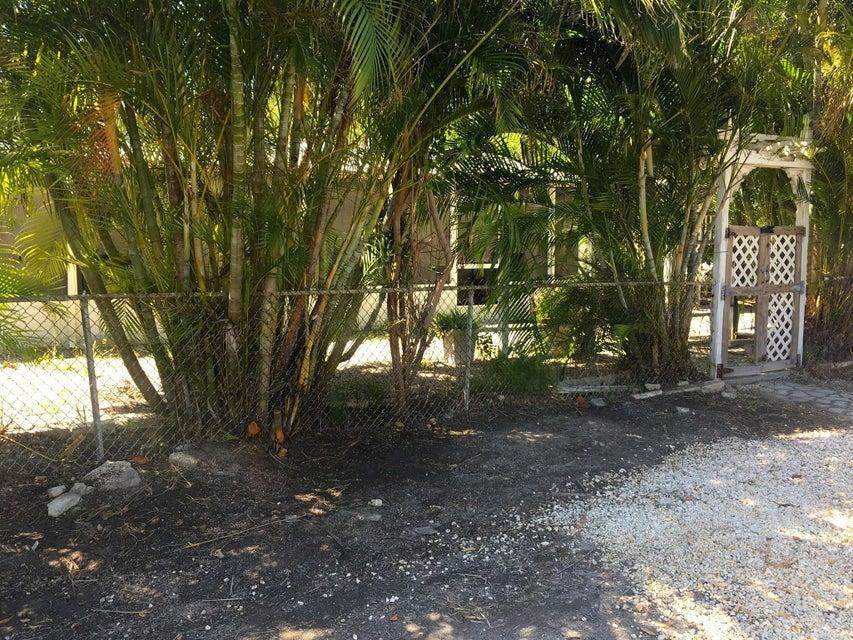 376 Father Tony Way, Big Pine Key, FL 33043