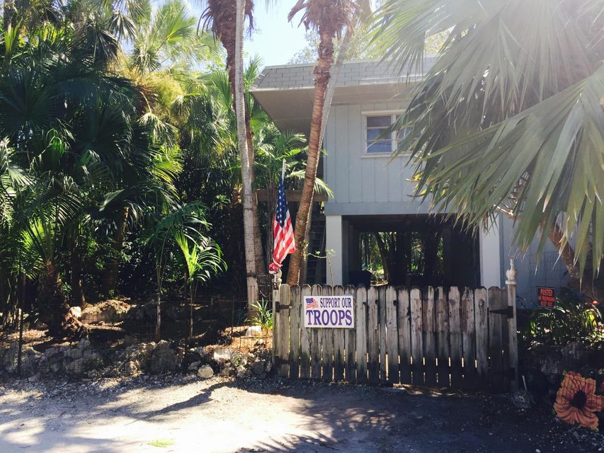 Additional photo for property listing at 29084 Violet Drive  Big Pine Key, 플로리다 33043 미국
