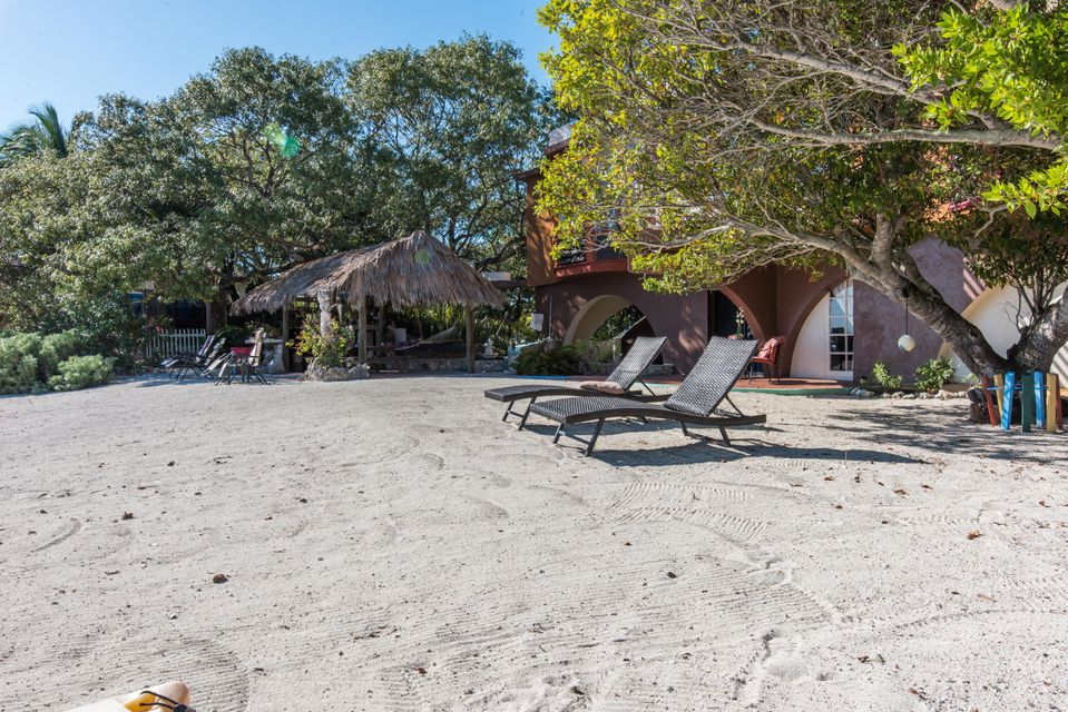 Additional photo for property listing at 1557 Long Beach Drive 1557 Long Beach Drive Big Pine Key, Φλοριντα 33043 Ηνωμενεσ Πολιτειεσ