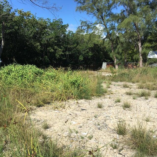 469 Bahia Honda Road, Key Largo, FL 33037