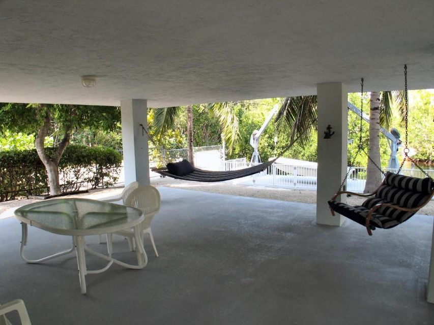 Additional photo for property listing at 100 4th Lane  Key Largo, Florida 33037 États-Unis