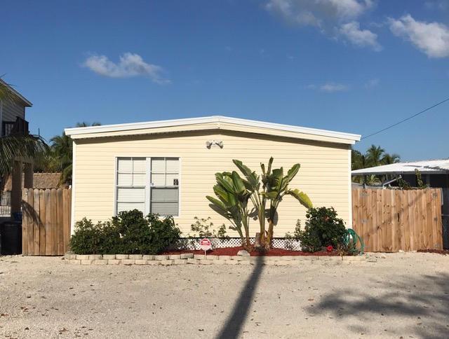 단독 가정 주택 용 매매 에 909 Tropical Lane 909 Tropical Lane Key Largo, 플로리다 33037 미국