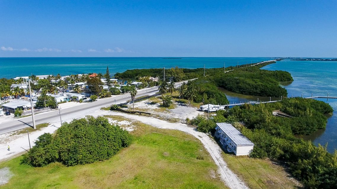 Commercial for Sale at 59720 Overseas Highway 59720 Overseas Highway Marathon, Florida 33050 United States