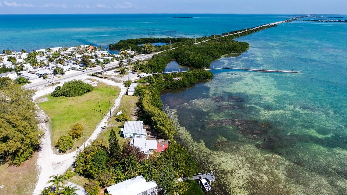 Additional photo for property listing at 59720 Overseas Highway 59720 Overseas Highway Marathon, Florida 33050 Usa