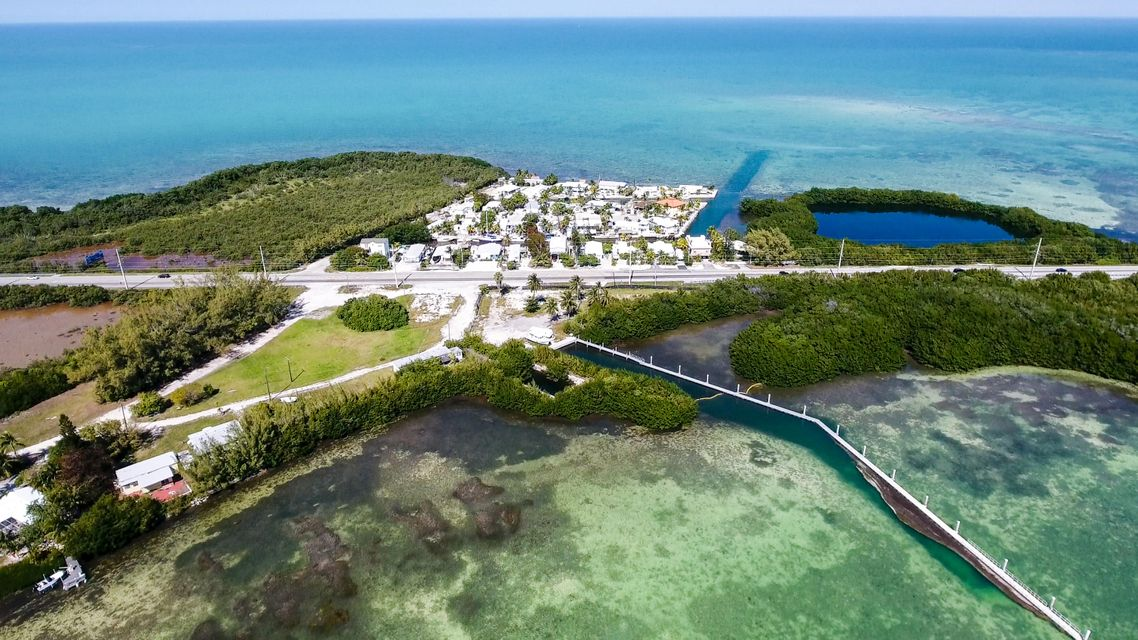 Additional photo for property listing at 59720 Overseas Highway 59720 Overseas Highway Marathon, Florida 33050 États-Unis