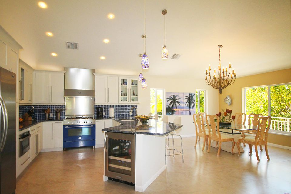 Additional photo for property listing at 101 Willow Lane 101 Willow Lane Islamorada, Florida 33036 Stati Uniti